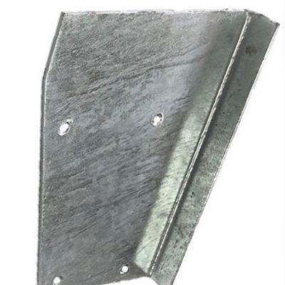 RIGHT HAND REAR BRACKET/CORNER CAPPING GALV