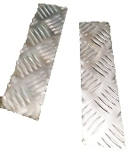 SERIES 3 BOTTOM OF FRONT WING CHEQUER PLATE SATIN ANODISED FINISH 3MM