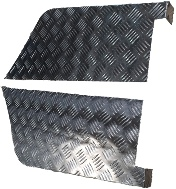 "109"" REAR WING CHEQUER CORNER PROTECTORS - 3MM"