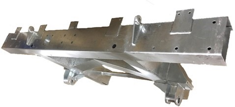 """109""""  REAR 1/4 CHASSIS WITH EXT INC SPRING HANGERS (LR56) GALVANISED"""