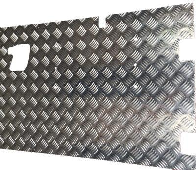 REAR SAFARI DOOR EXTERNAL CHEQUER PLATE COVER