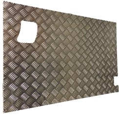 SERIES REAR SAFARI DOOR CHEQUER PLATE COVER (EXTERNAL)