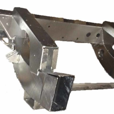 110 TD5 HEAVY DUTY GALVANISED REAR CROSS MEMBER WITH 750mm EXTENTIONS