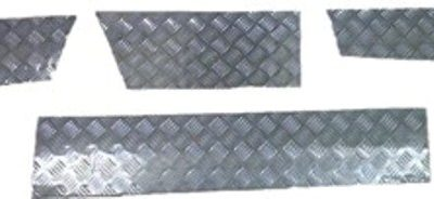 DISCOVERY 1 SKIRTING CHEQUER PLATE 3MM