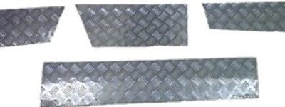 DISCOVERY 1 SKIRTING CHEQUER PLATE 3MM SATIN FINISH