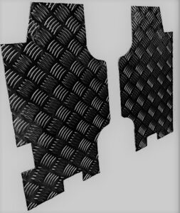 DEFENDER REAR 1/4 PANEL CHEQUER PLATE BLACK